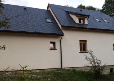 CONSTRUCTION D'UNE MAISON OSSATURE BOIS, isolation fibre de bois en toiture et en mur + enduit sur fibre de bois +charpente traditionelle à Esquièze sere (65)