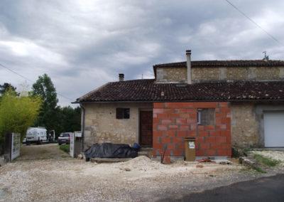 AVANT Réfection couverture + isolation en toiture fibre de bois RGE à Périssac (33)